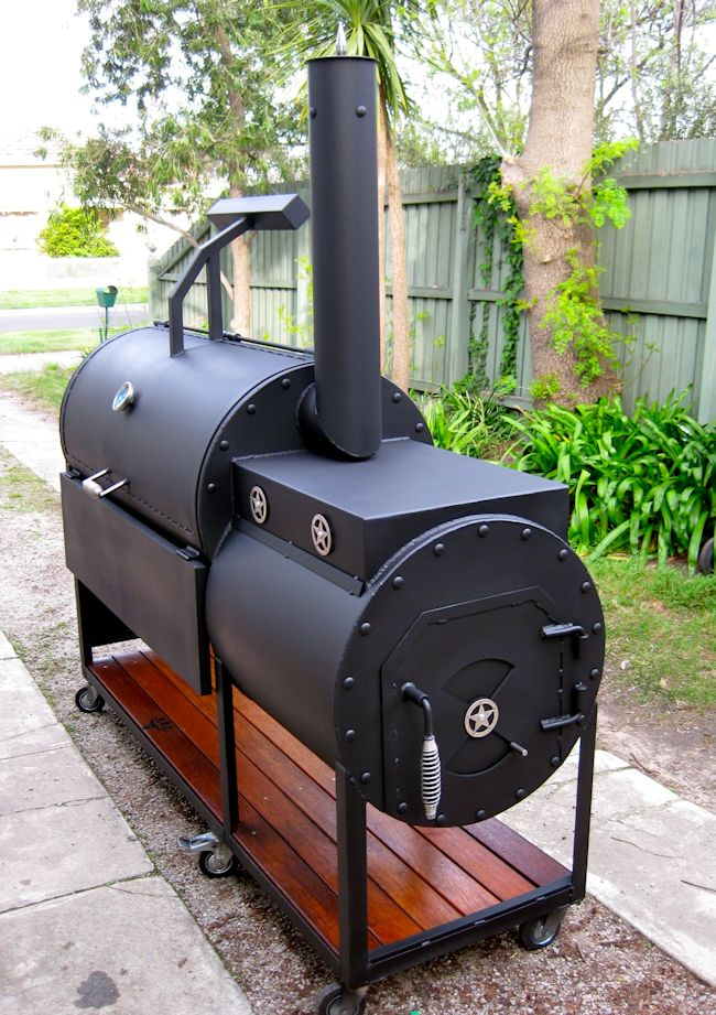 Handmade Texas Smokers - Urban Griller BBQ School